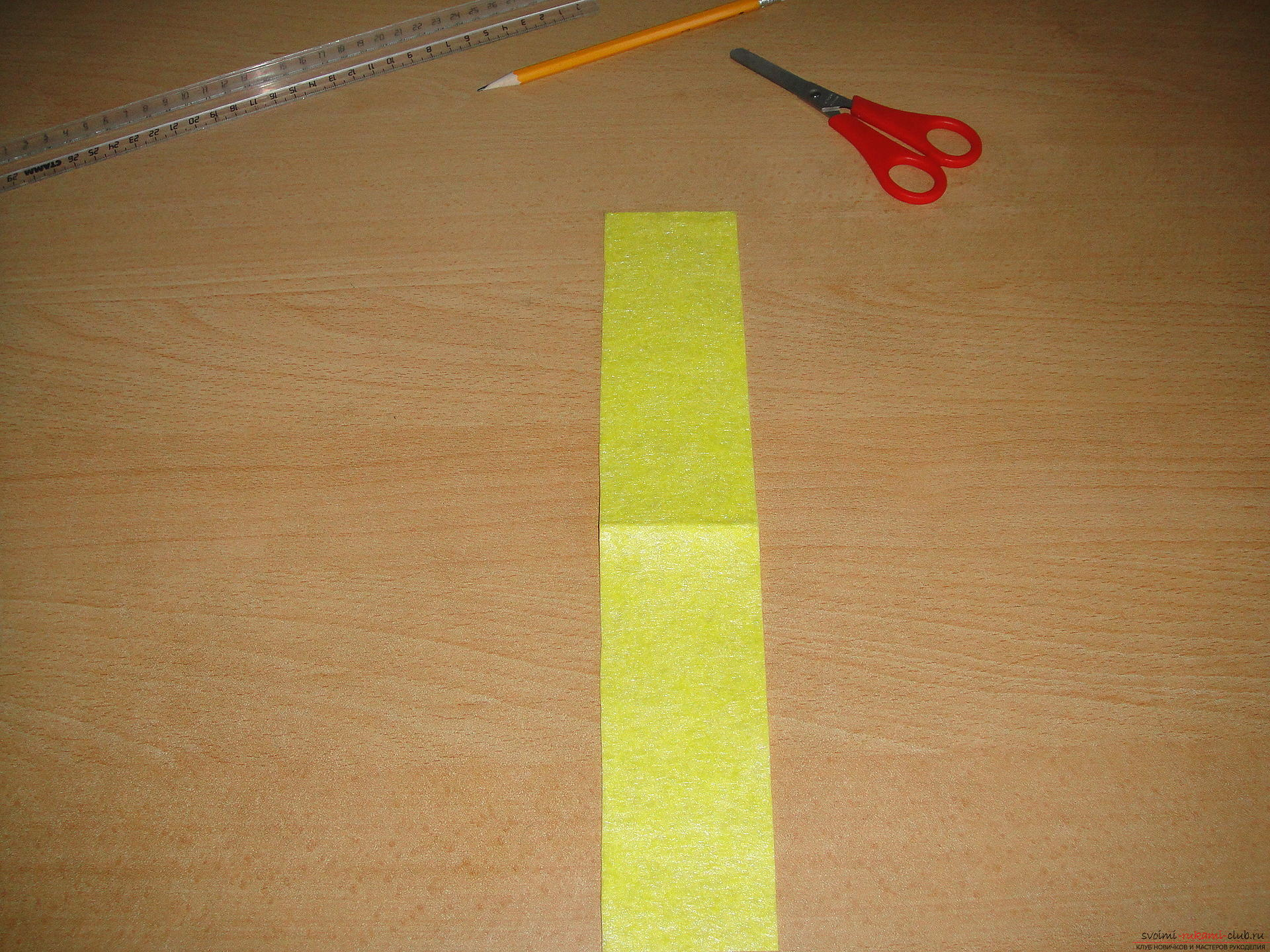 Master class, how to simply make a bookmark from a napkin. Photo №7