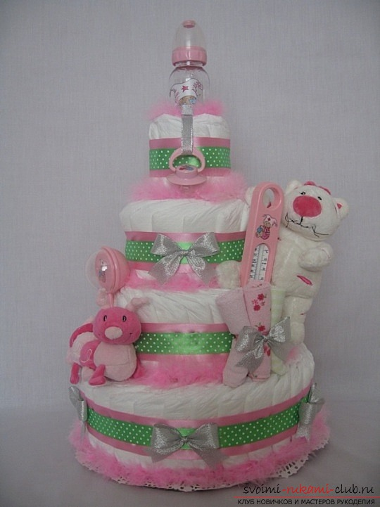 Cake for the newborn from diapers. Photo №5