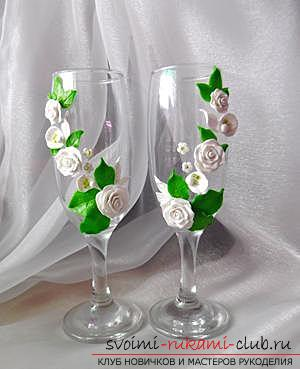 How to decorate glasses with polymer clay and how to make rings for napkins made of thermoplastic .. Photo # 20