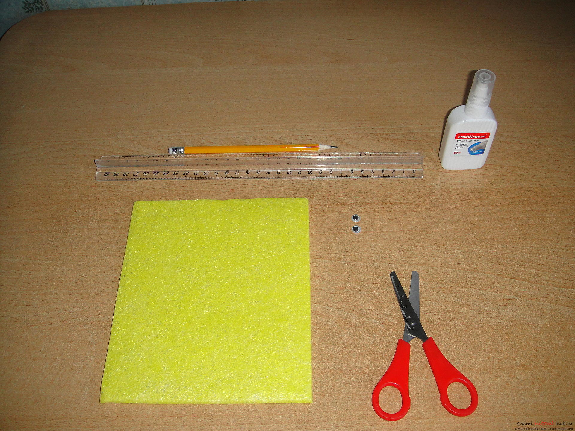 Master class, how to simply make a bookmark from a napkin. Photo №4