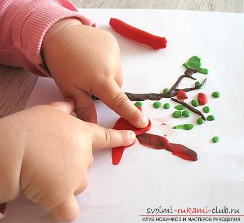 Molding of plasticine for children from 1.5 years. The initial stages of sculpting crafts from plasticine. Photo №5
