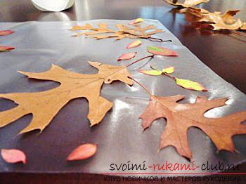 Crafts, autumn crafts that can be made from leaves, an autumn glass ball, paintings on the theme of autumn, detailed instructions and phased photos .. Photo # 6