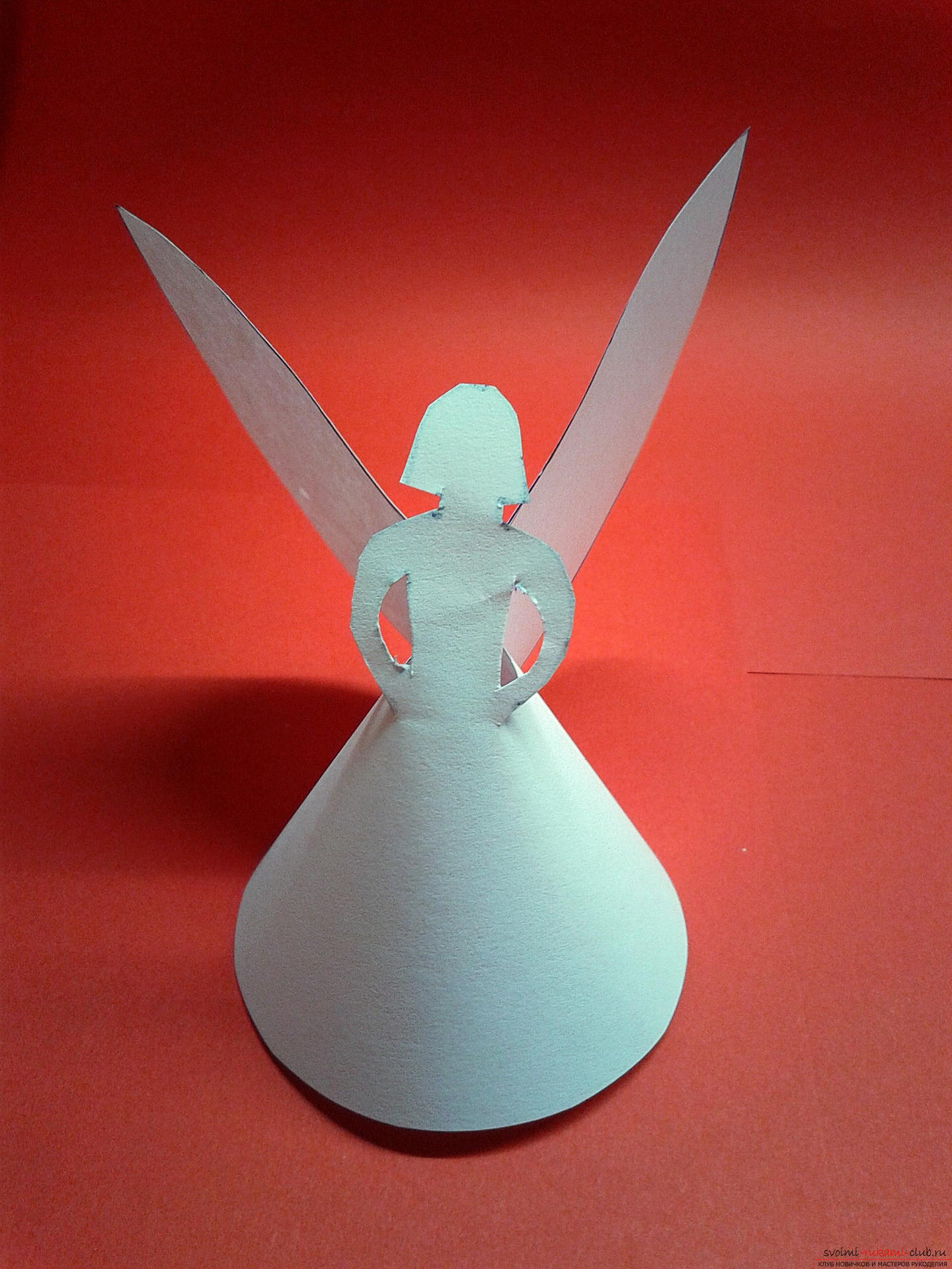 This master class describes the process of creating New Year's handicrafts. Cute angels made of paper were created as decorations on a Christmas tree .. Photo # 10