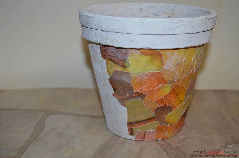 This master class will teach you decorating pots using decoupage techniques and decoPatch. Picture # 8
