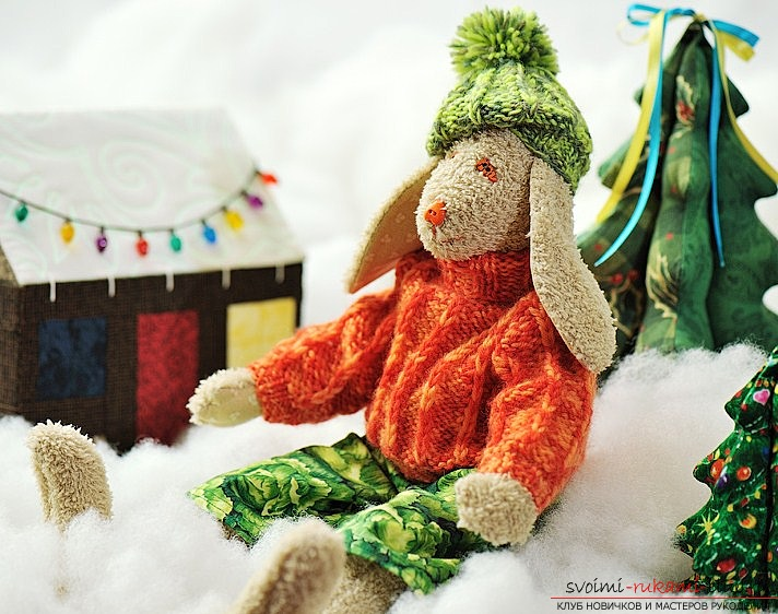 How to sew a soft and cute hare from the plush fabric with your own hands. Professional pattern and a step-by-step recommendation for tailoring. Photo №1