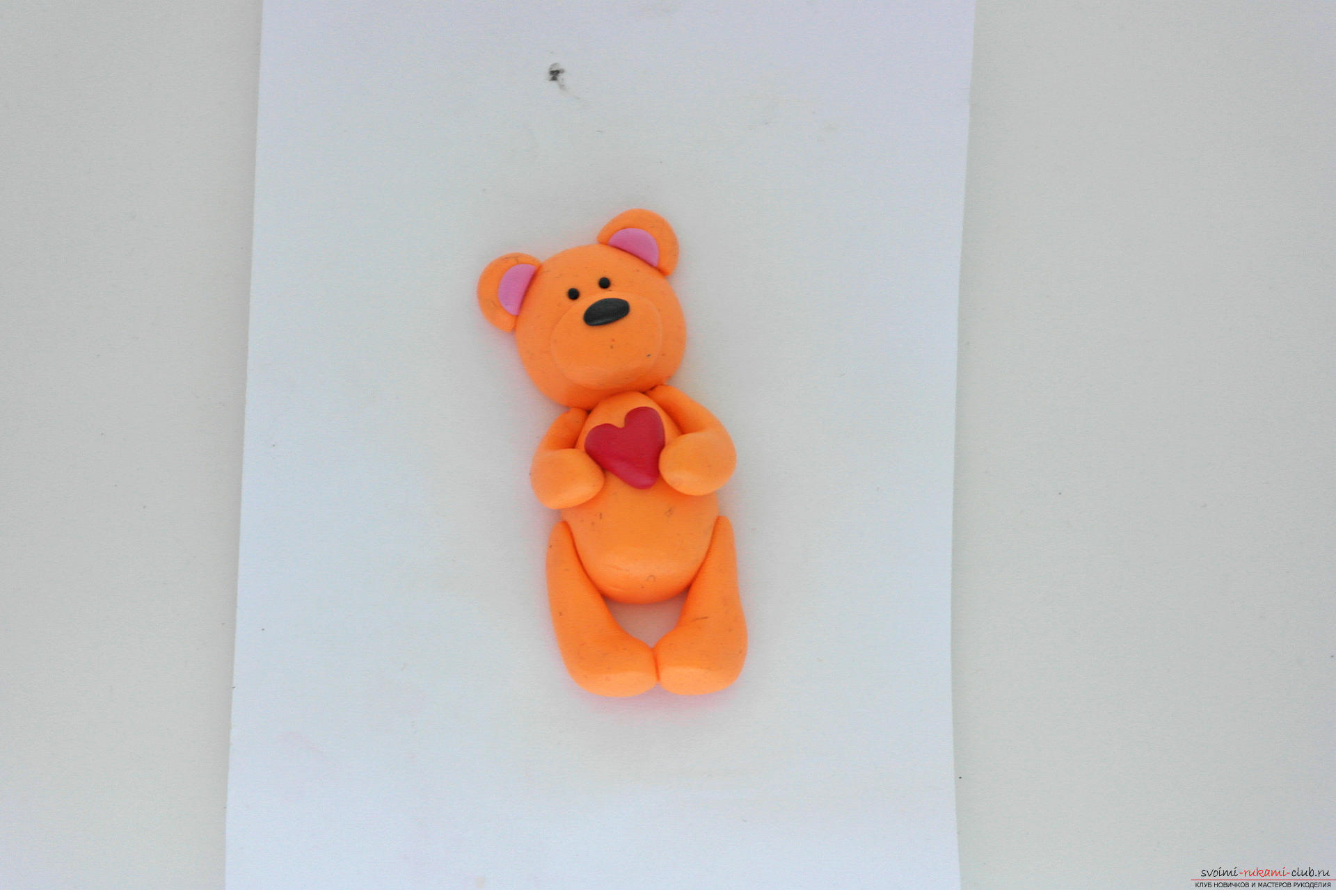 This detailed master class will teach you how to make a figurine of polymer clay - a keychain in the form of a bear. Photo # 26