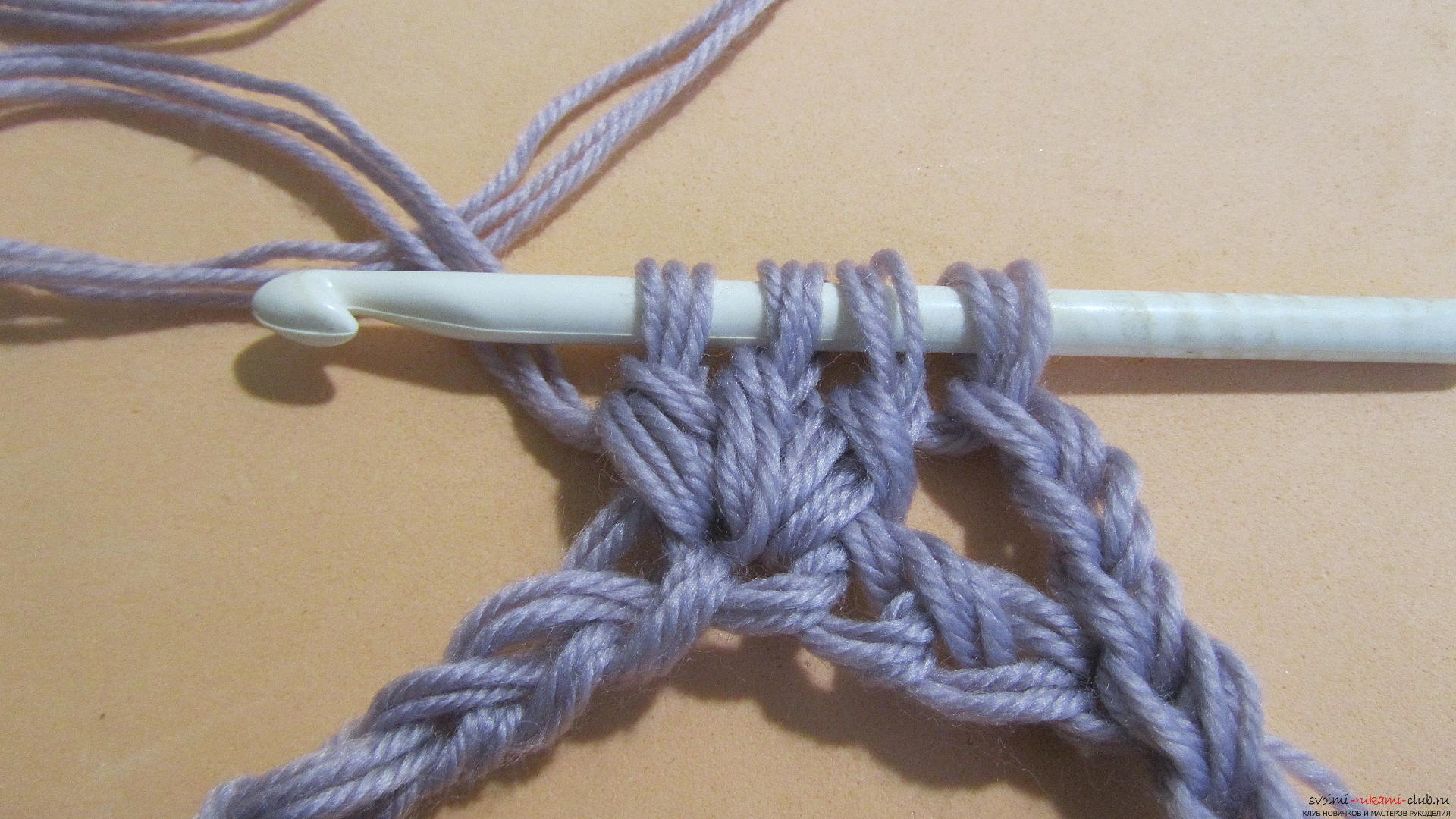 This detailed master class with a photo contains crochet snatch crochet patterns. Picture №7