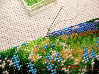We have to embroider a pattern of beads. Photo Number 11