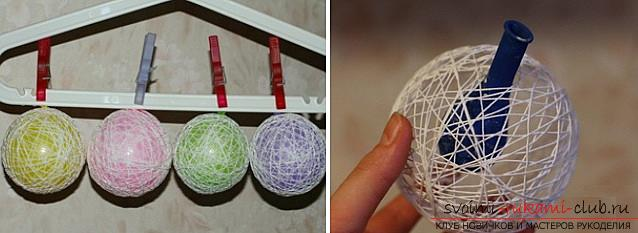 How to make Christmas balls from threads, step-by-step photos and a detailed description of creating balls of thread, using glue and balloons. Photo №5