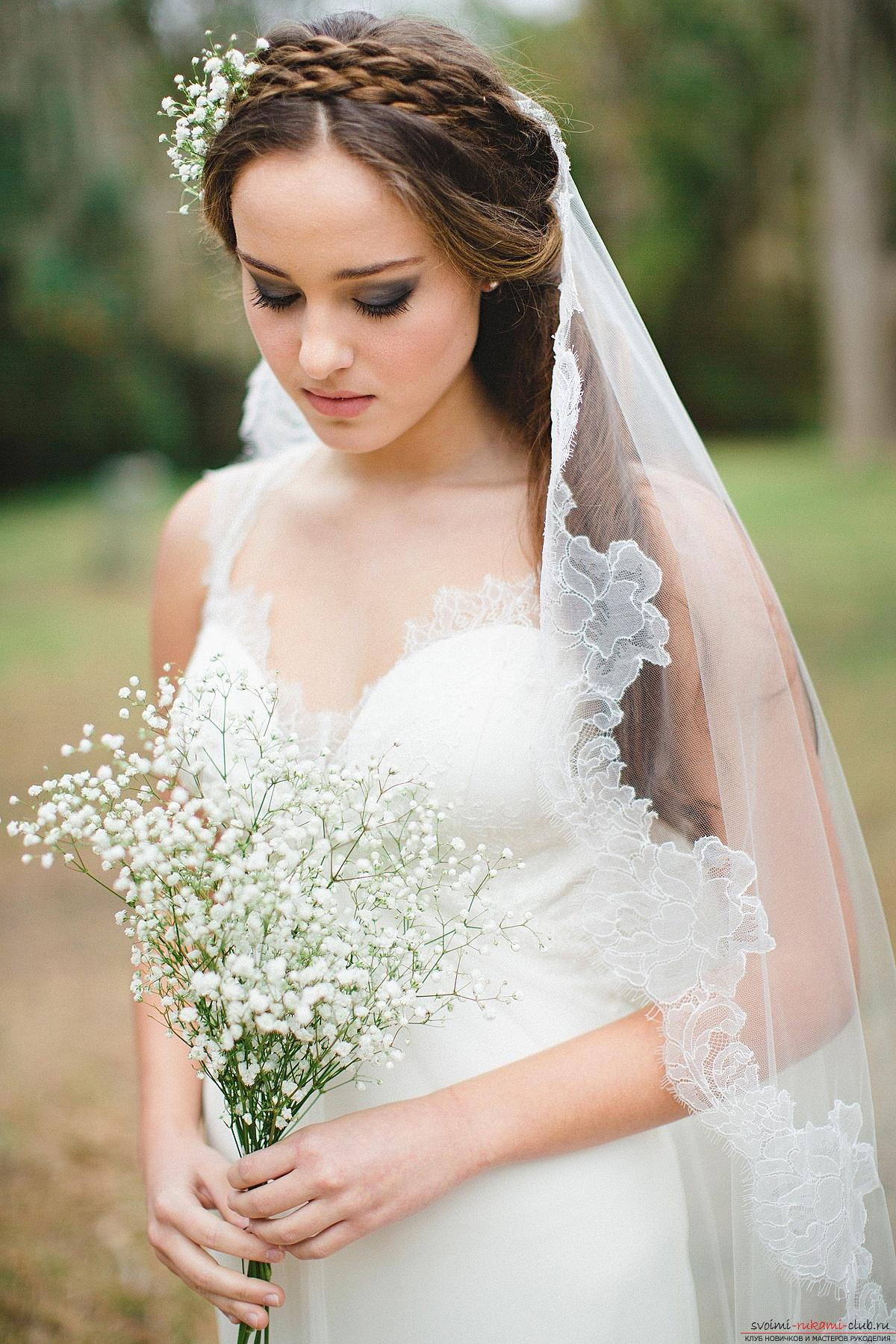 Hairstyles for the bride for the wedding with the veil. Photo №6