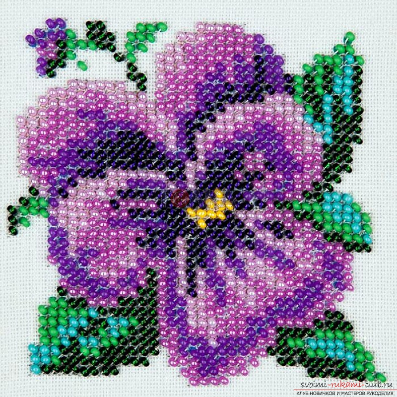 Flowers embroidered with beads. Photo №4