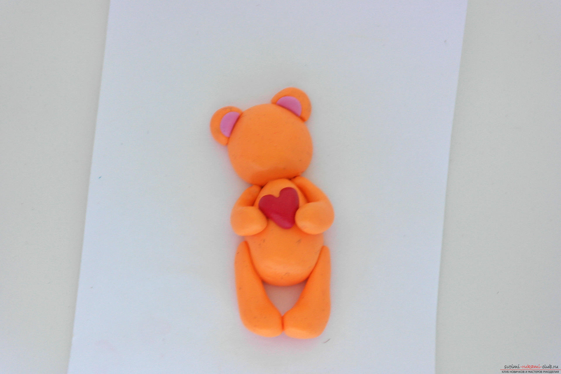 This detailed master class will teach you how to make a figurine of polymer clay - a keychain in the form of a bear. Photo # 21