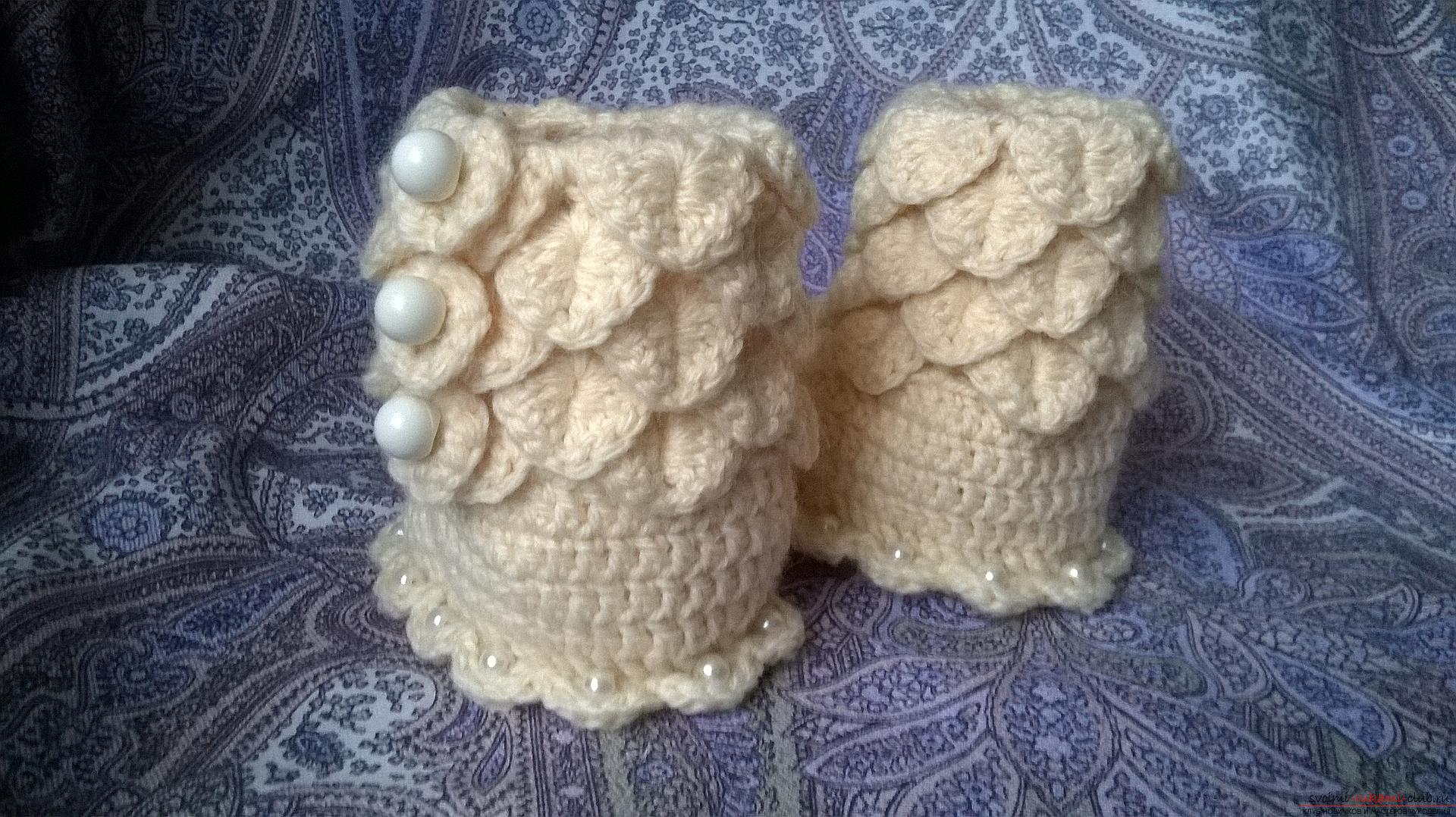 This master class with a description, diagram and video will teach how to knit booties crocheted .. Photo # 33
