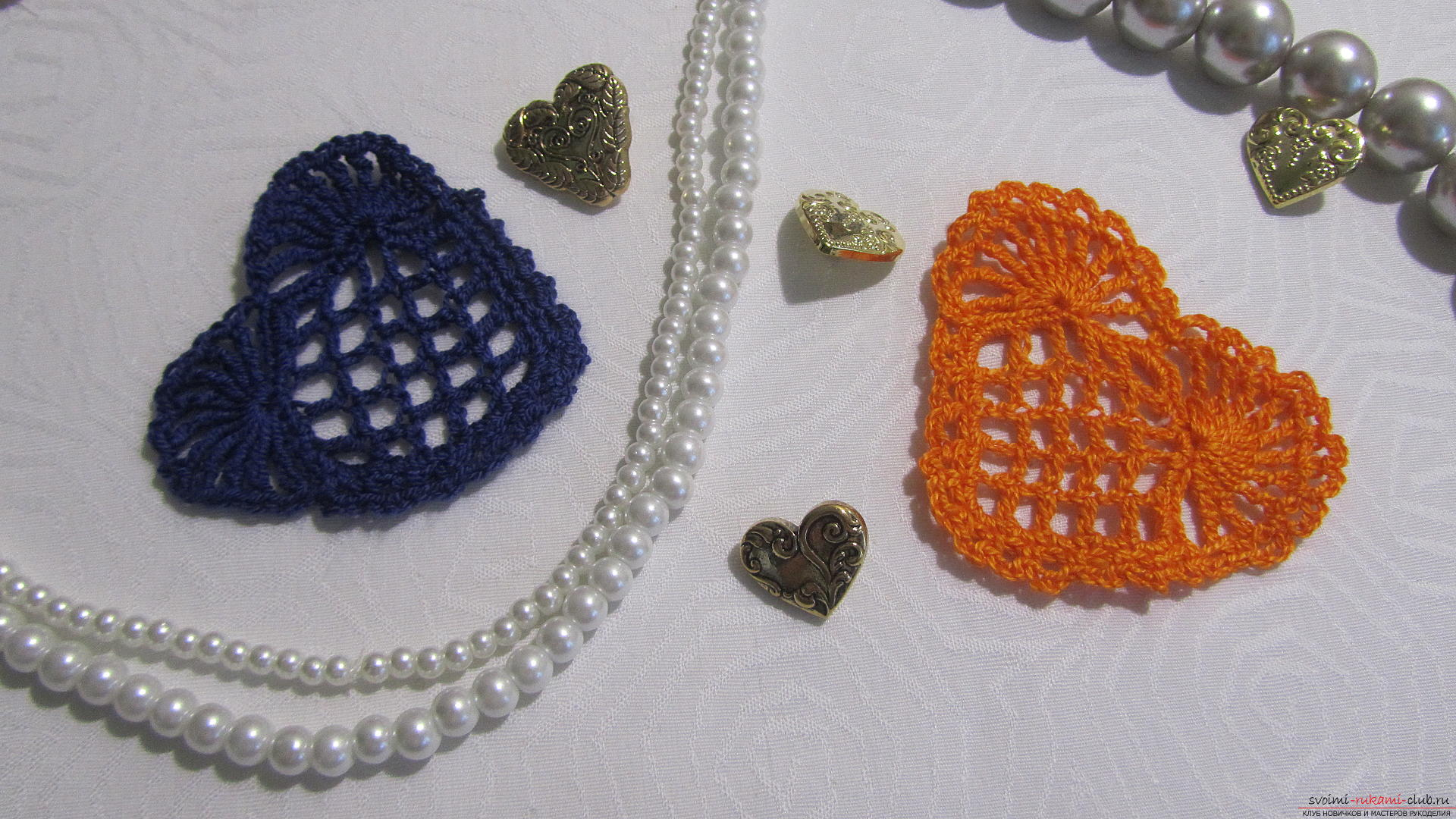 This detailed master class will teach you how to crochet beautiful valentines .. Photo # 1