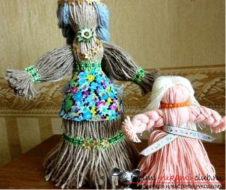 Beautiful dolls of threads with their own hands. Photo №1