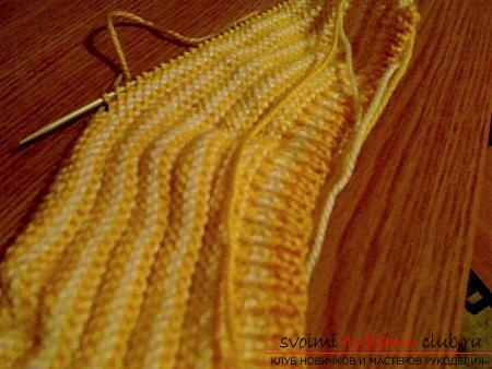 Knitting needles for newborns, tips andcunnings for knitting clothes for young children, a cap for newborns with their own hands, how to tie booties for newborns, knitting lessons with descriptions, recommendations and master classes .. Photo # 10