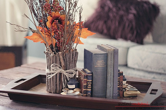 Autumn crafts made of natural materials with their own hands. Photo №1