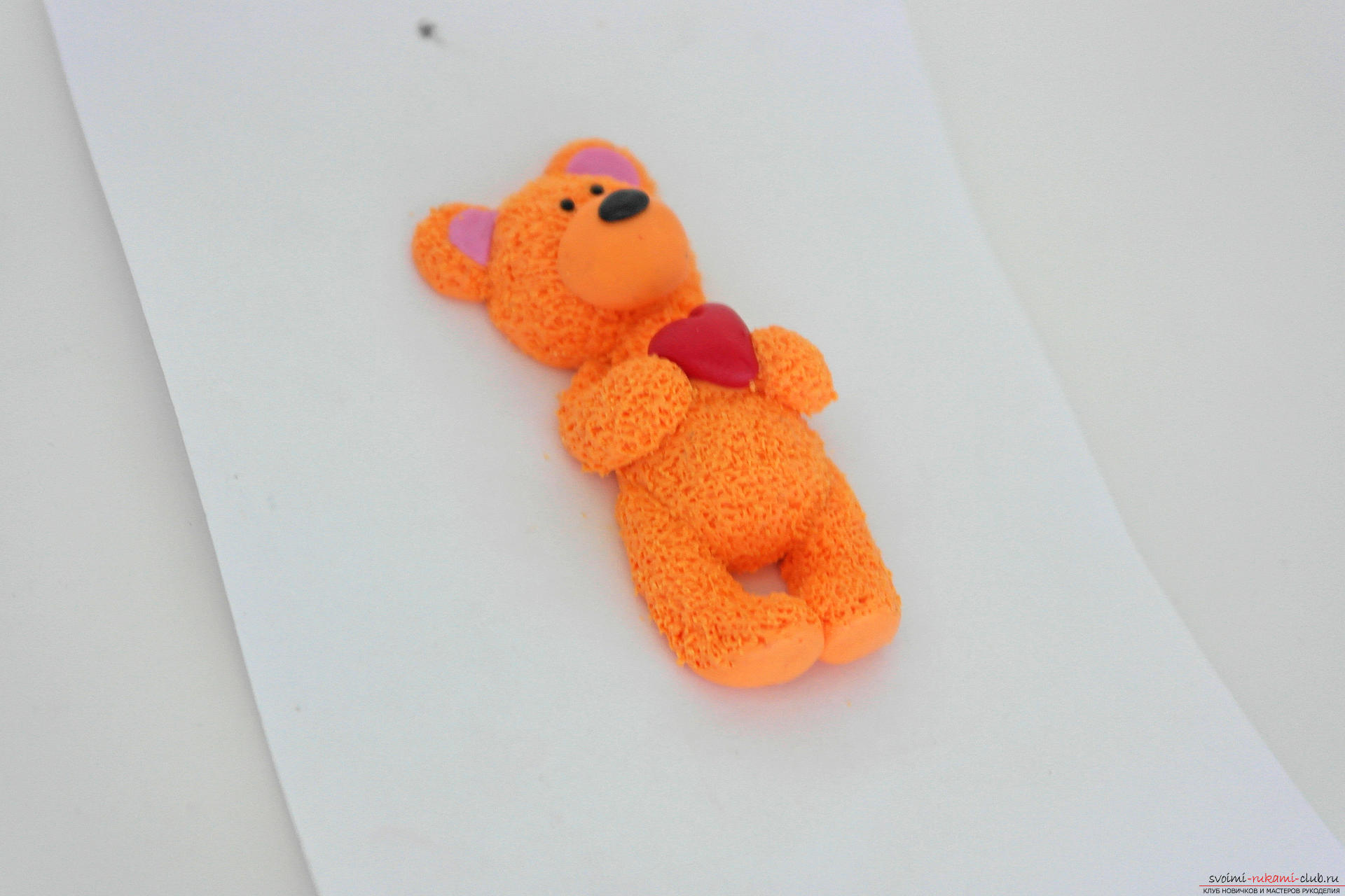 This detailed master class will teach you how to make a figurine of polymer clay - a keychain in the form of a bear cub. Photo # 29