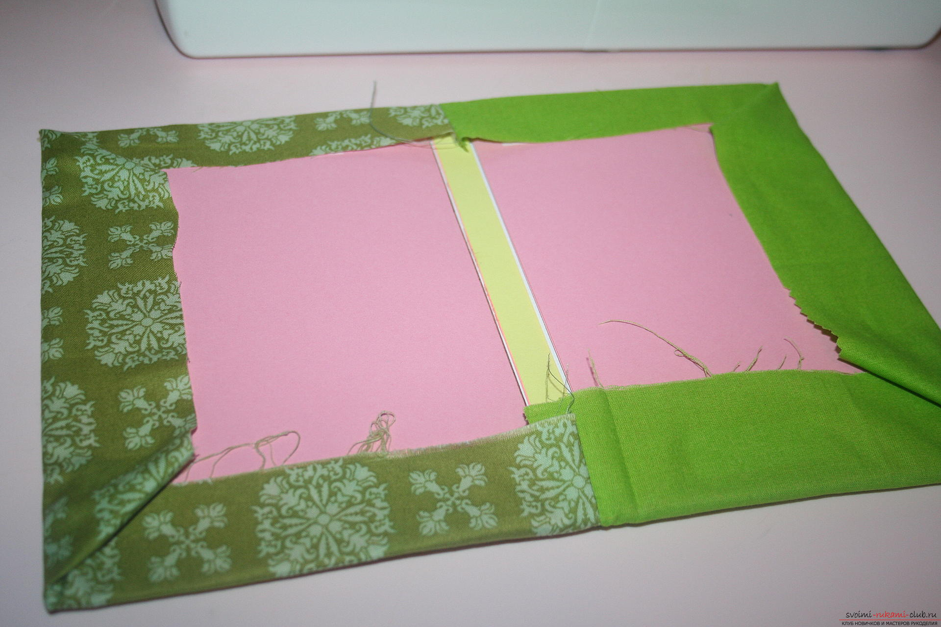 This master class will teach you how to make an original gift for the New Year - scrapbooking notebook. Photo # 23
