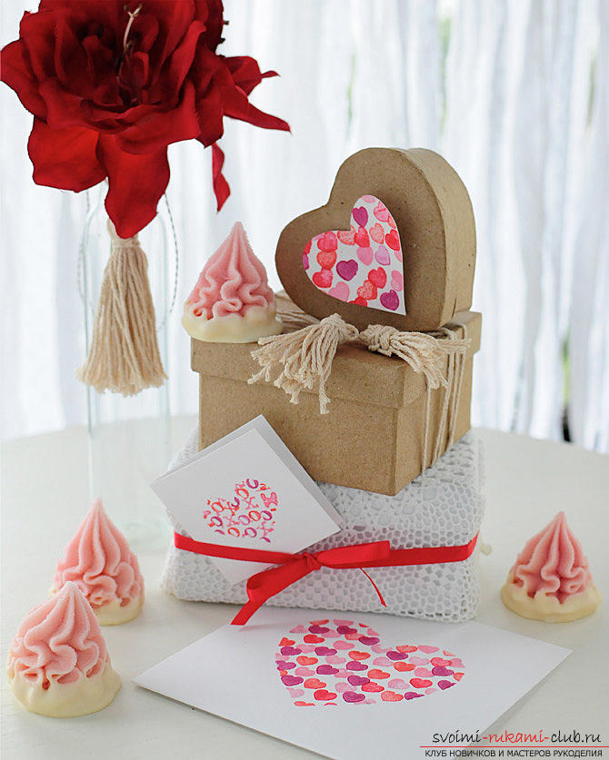 Gifts for Valentine's Day with their own hands, various variations of making Valentine's cards with their own hands, a magnet in the form of a heart as a gift to your beloved .. Photo №11
