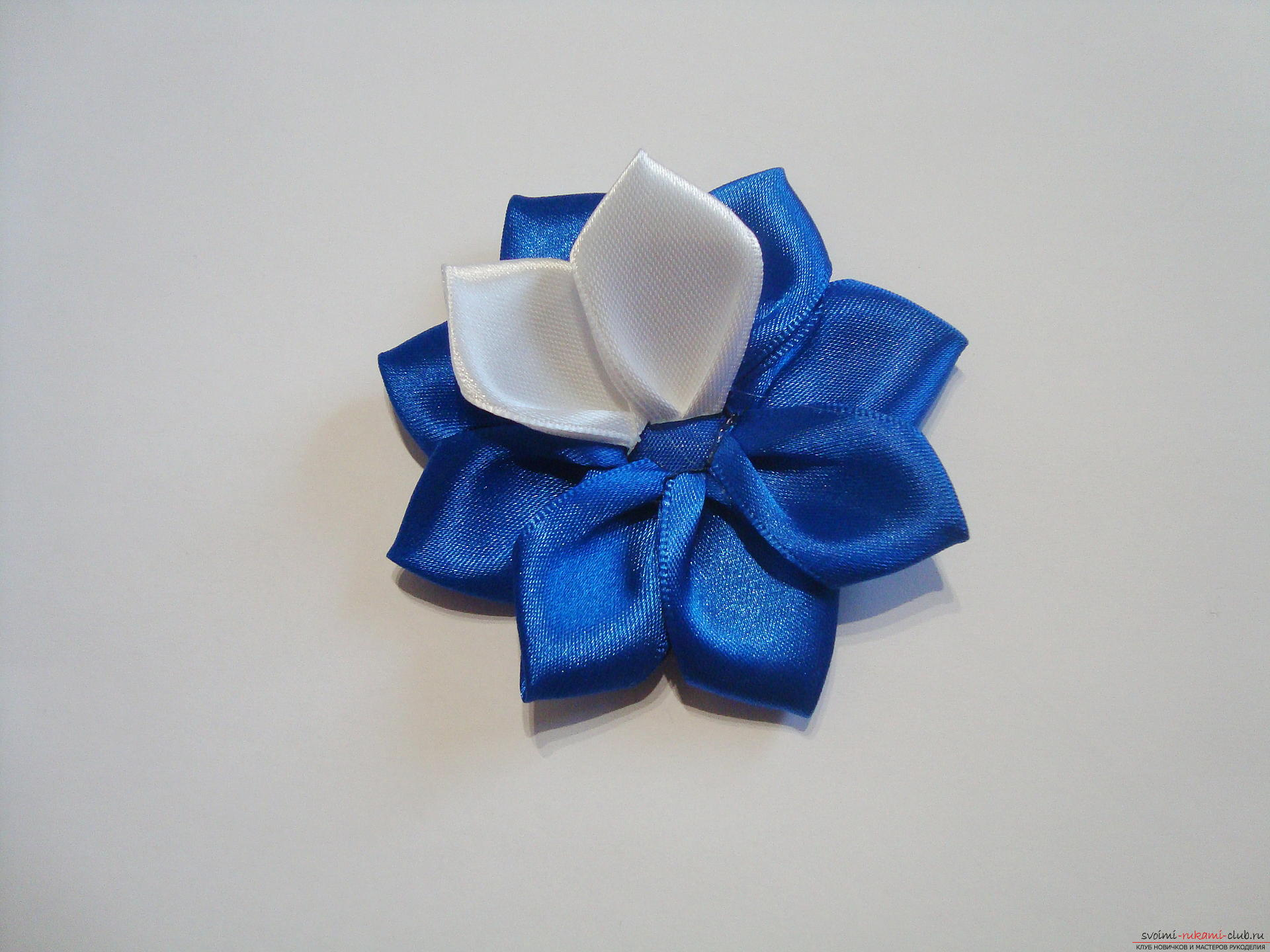 A lesson on creating bows for an extract from a maternity home of a boy with a description and a photo. Photo Number 9
