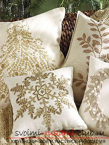 Embroidery of pillows by various methods according to schemes. Photo №1