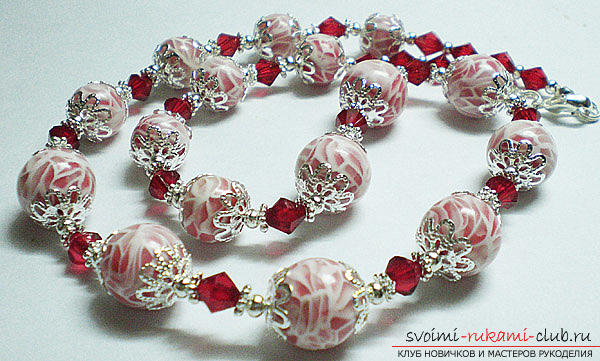 Beautiful beads with transparent clay with their own hands - colored beads. Photo №5