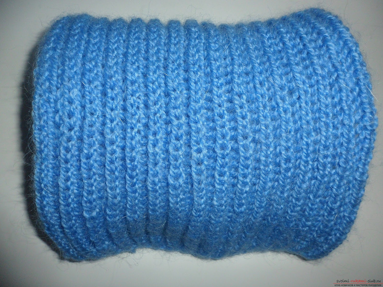 Knitted knitting needles first scarf. Photo №1