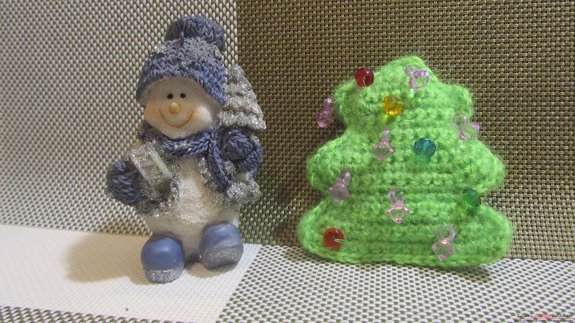 A master class with a photo and description will hold crochet lessons for a small Christmas tree. Photo №1