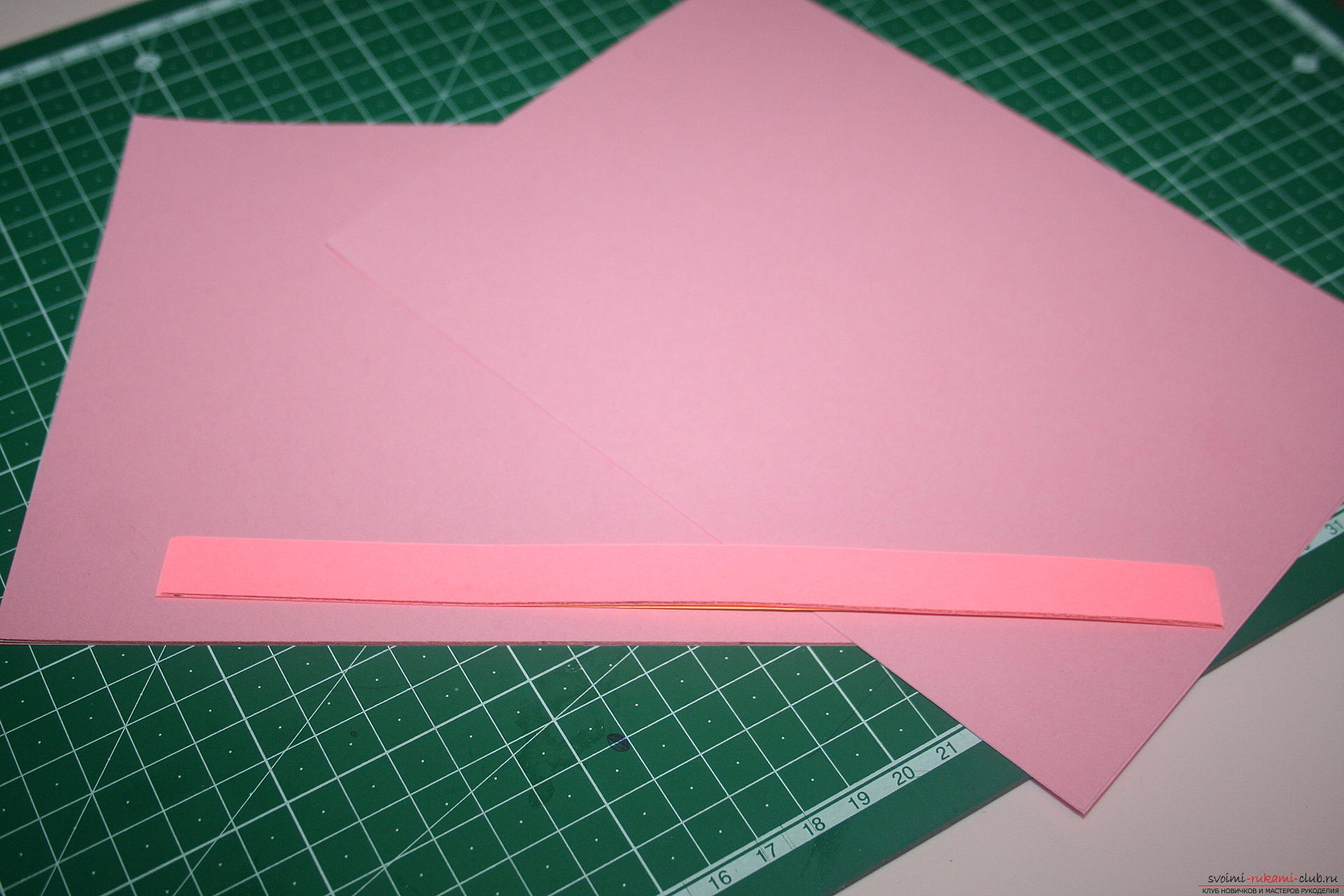This master class will teach you how to make an original gift for the New Year - scrapbooking notebook. Photo №7