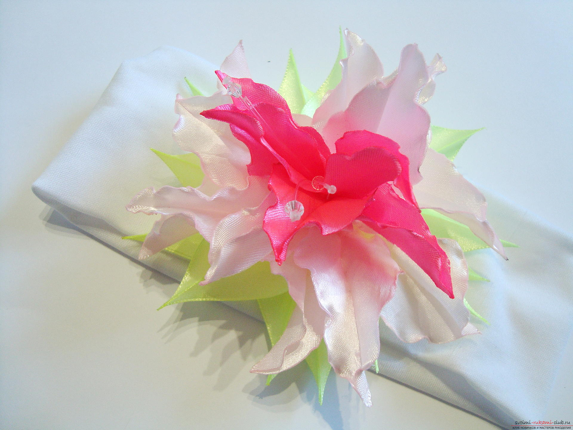 Liliai Kanzashi from the ribbons - we master ourselves. Photo number 15