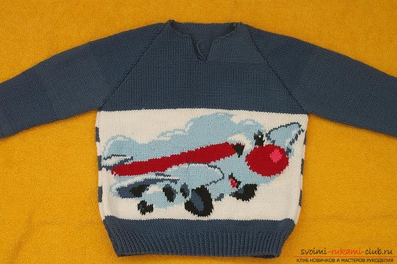 We knit the sweater with knitting needles. Picture №10