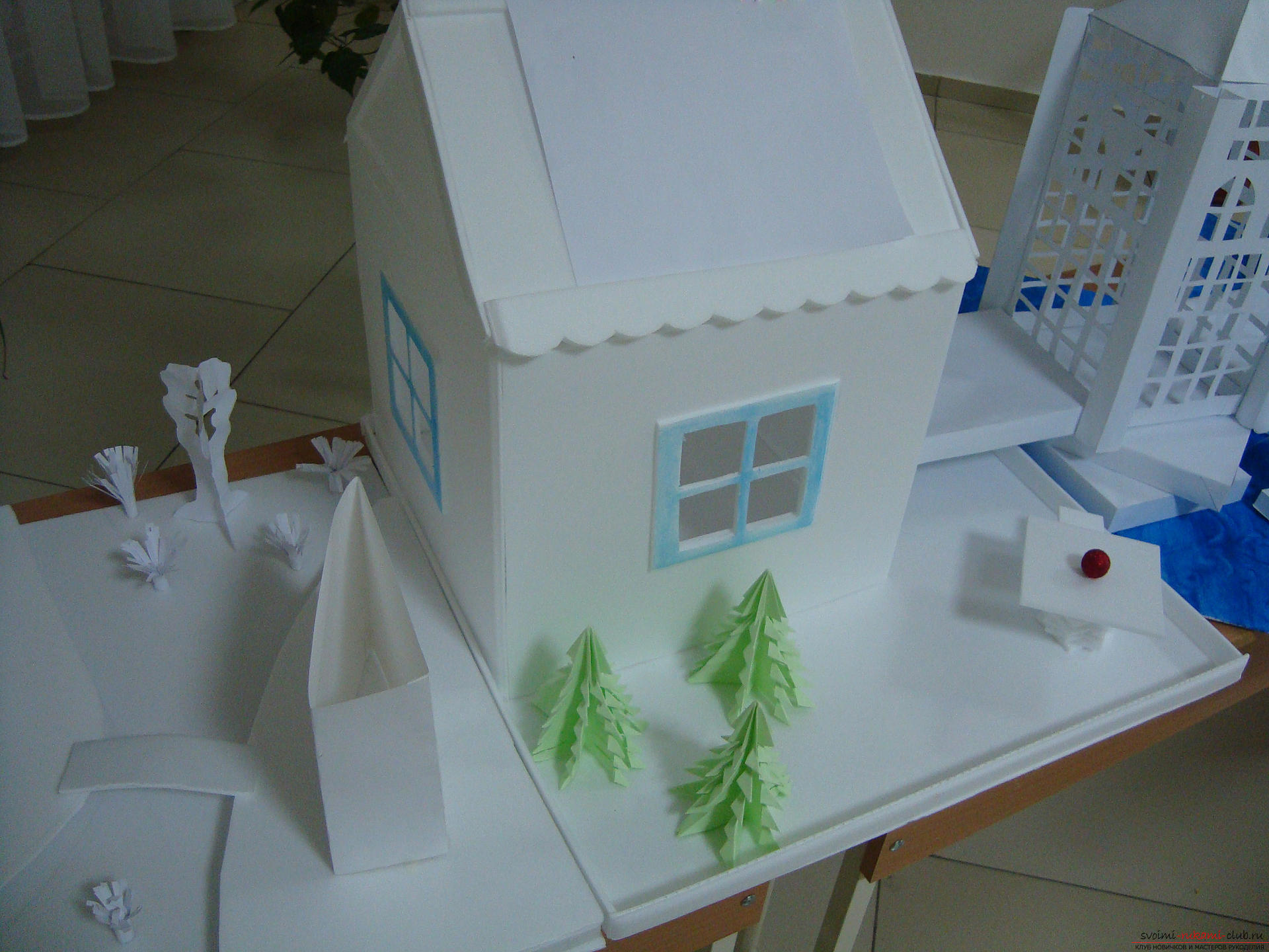 This master class with a photo will teach you how to make a house of paper with your own hands .. Photo # 2