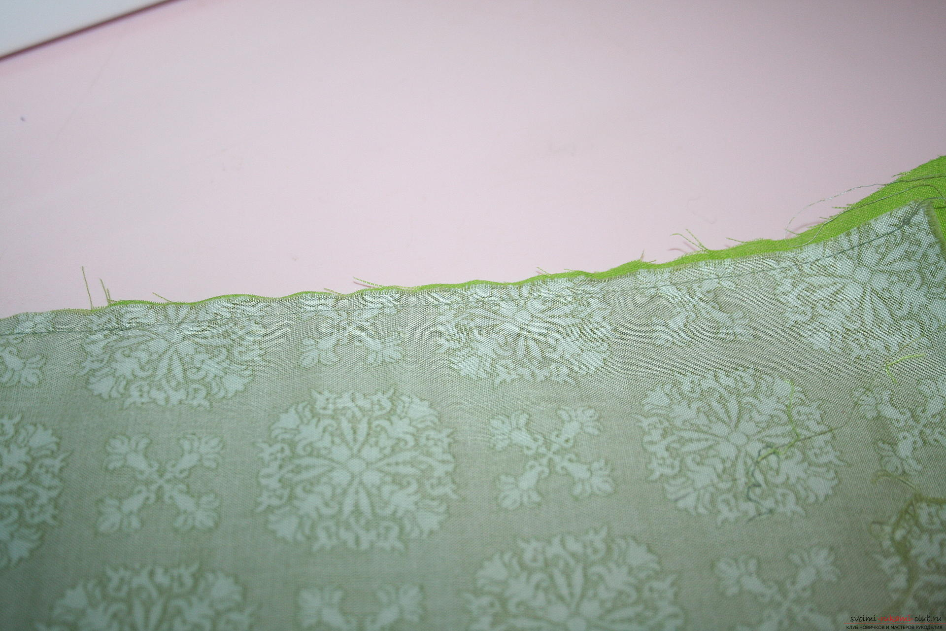 This master class will teach you how to make an original gift for the New Year - scrapbooking notebook. Photo Number 19