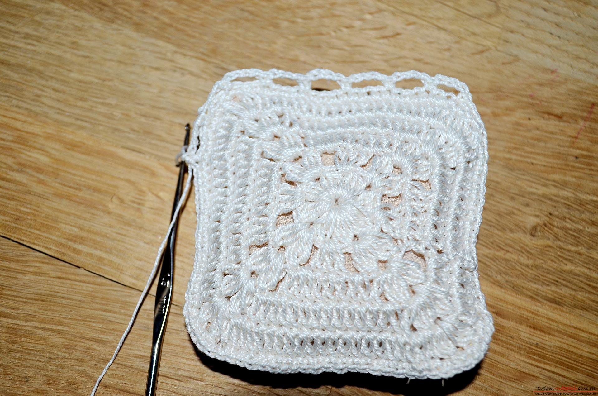 A crocheting lesson for the original cushion-needle bed with step-by-step recommendations and photos. Photo number 16