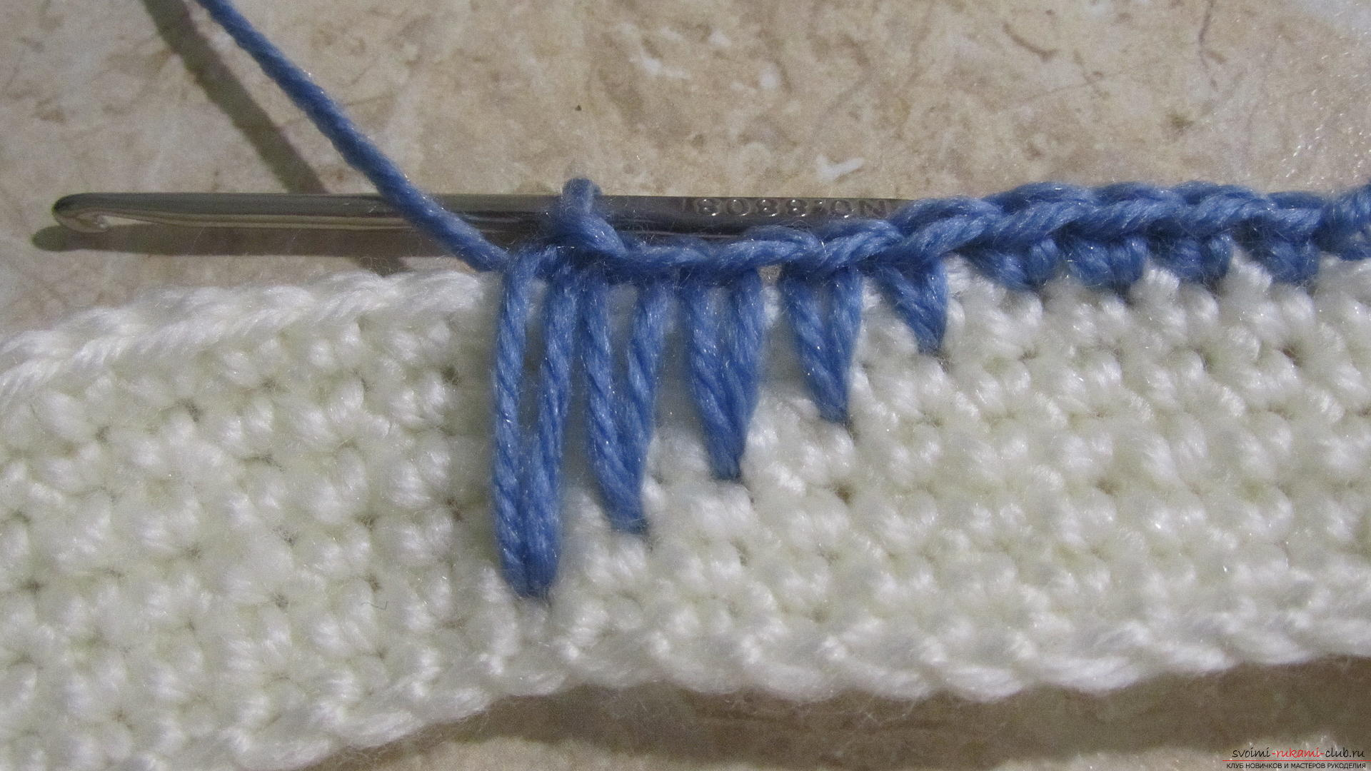 This master class will teach the wizards how to tie a cap with a crochet, make pompoms. Photo Number 11