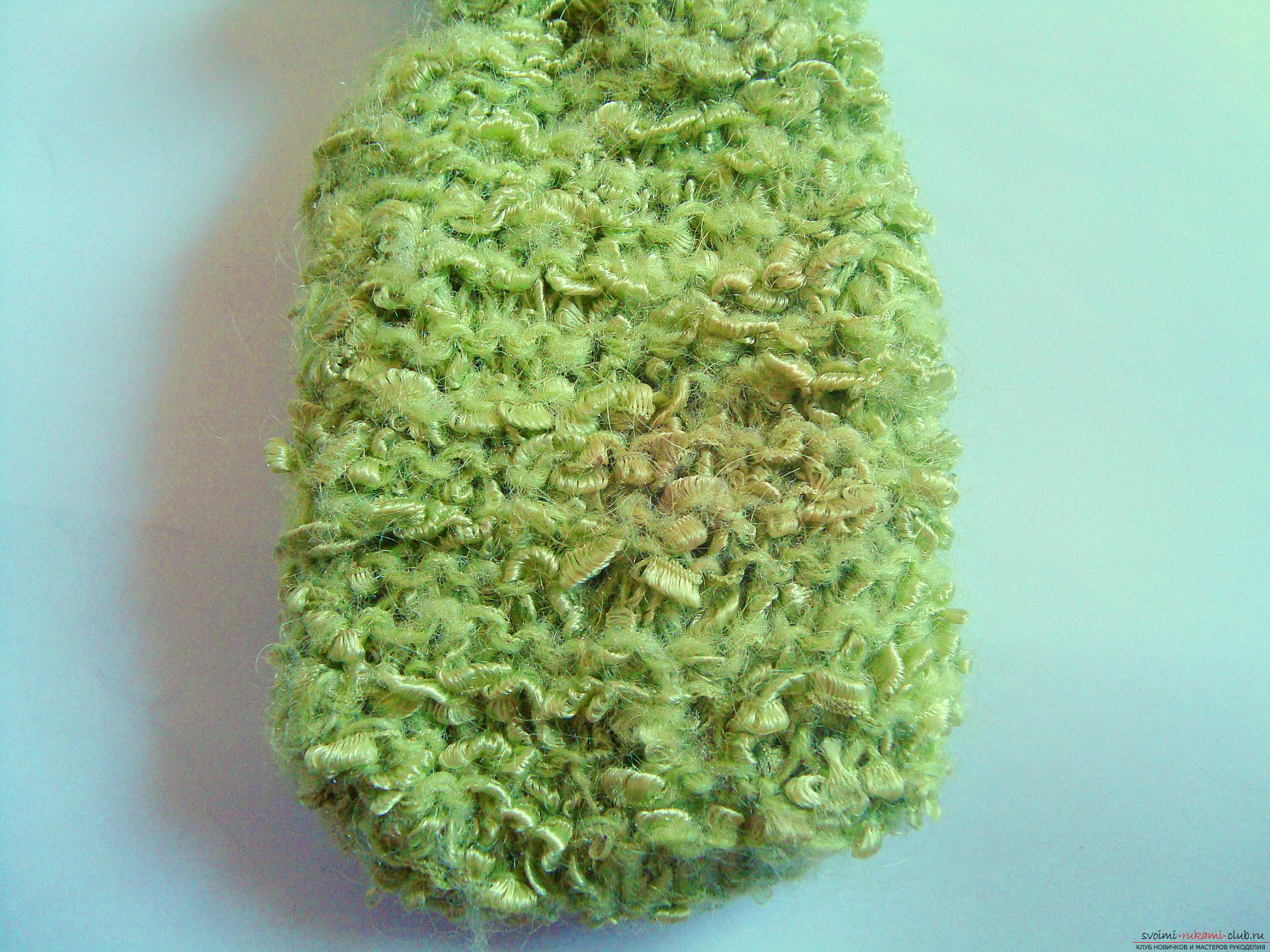 Step-by-step instruction with photos on the knitting of a cover for a mobile phone. Picture №3