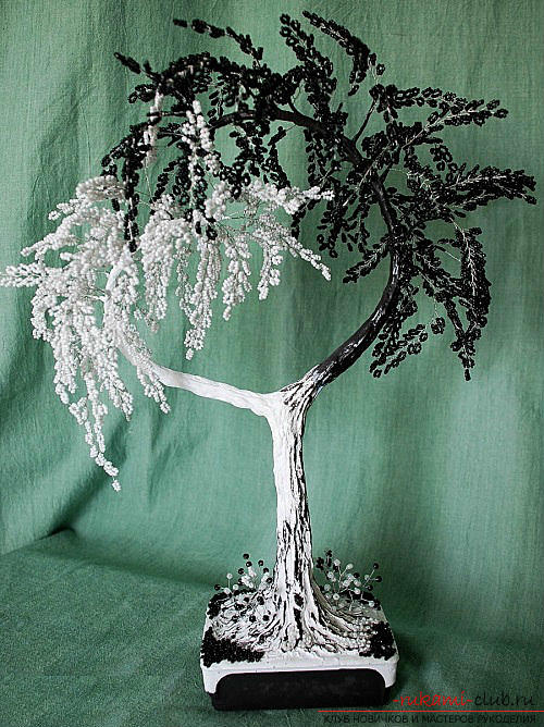 Detailed step-by-step photos and description of weaving of bead trees, two master classes .. Photo # 11
