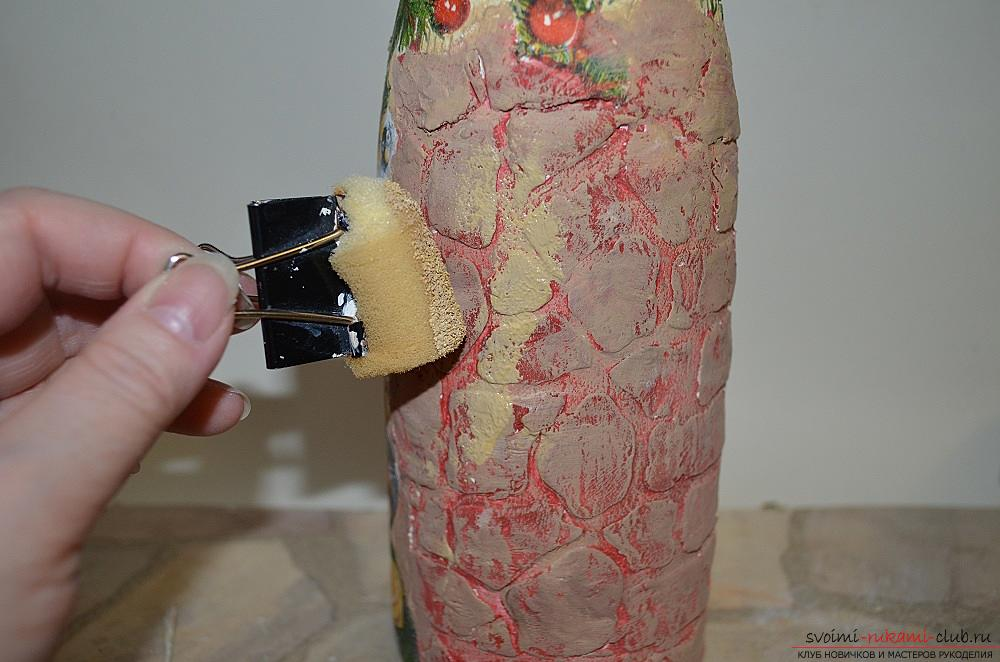 A master class with a description and a photo will teach how to make decoupage of a bottle of champagne with your own hands. Photo number 15