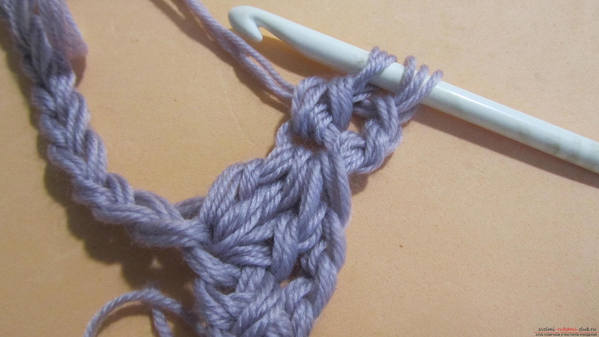 This detailed master class with a photo contains crochet snatch crochet patterns. Picture # 10