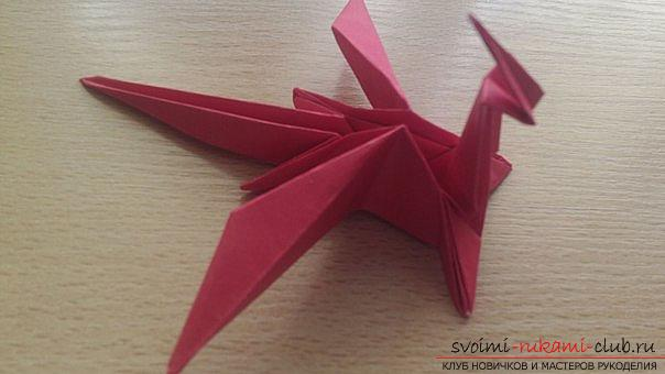 This detailed master class contains an origami-dragon scheme made of paper, which you can make by yourself. Photo # 40