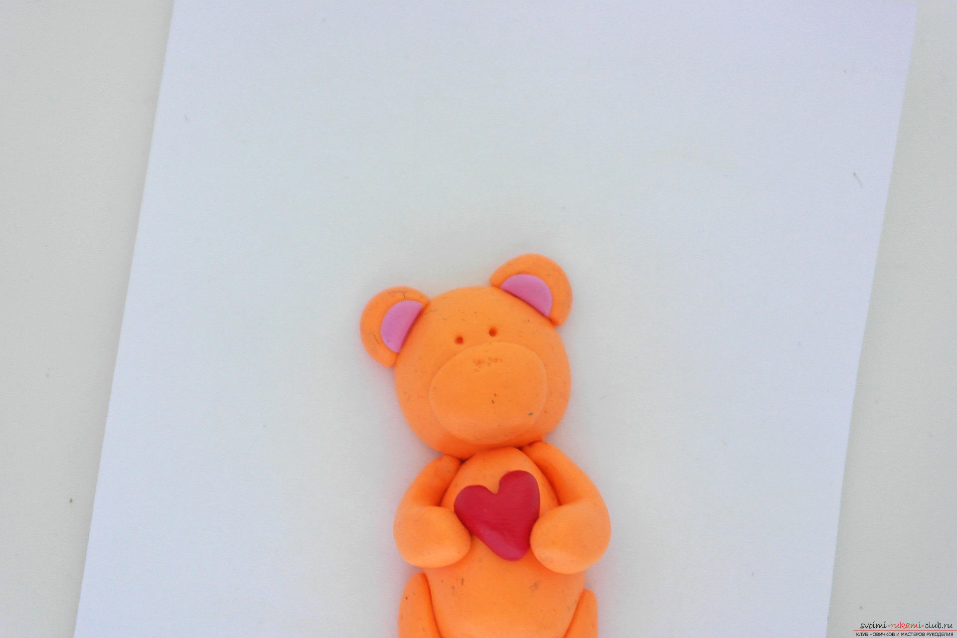 This detailed master class will teach you how to make a figurine of polymer clay - a keychain in the form of a bear. Photo # 24