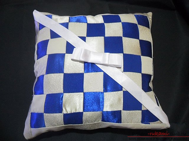 Pillow in patchwork technique. Photo Number 9