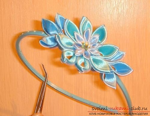 How to make a rim decoration for the hair in the form of turquoise flowers in Kansas technique, free, detailed photos and description. Picture №10