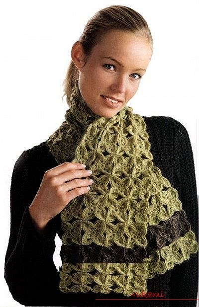 Schemes and a detailed description of knitting knitted scarvesand crochet, photos of finished products, recommendations and advice on the implementation of various scarves, arans, lush columns and many other patterns for scarves. Photo №1