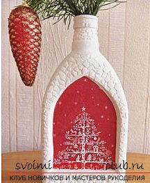 New Year's idea of decoupage of a vase from a bottle of vodka is a step-by-step master class. Photo №4