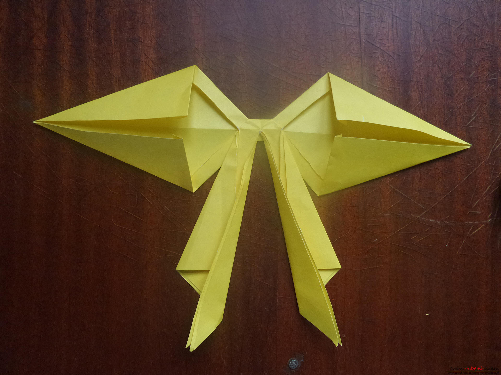 This master class is intended for those who want to learn how to do their own hands with an origami bow. Photo №27