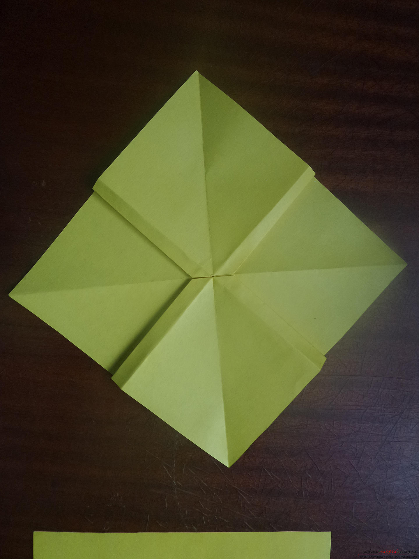 This master class is intended for those who want to learn how to do their own hands with an origami bow. Photo Number 18