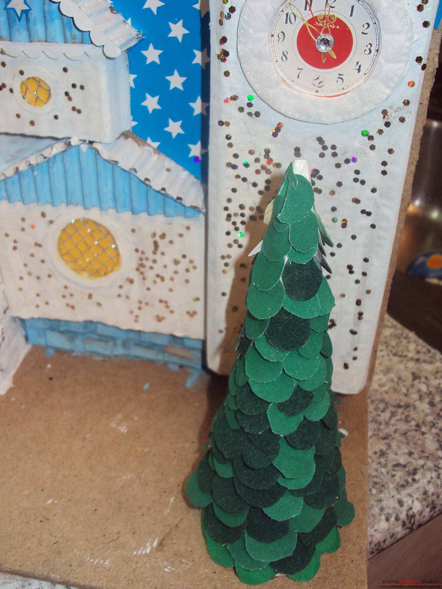 This workshop will teach how to make their own hands crafts - tower of Santa Claus. Photo №6