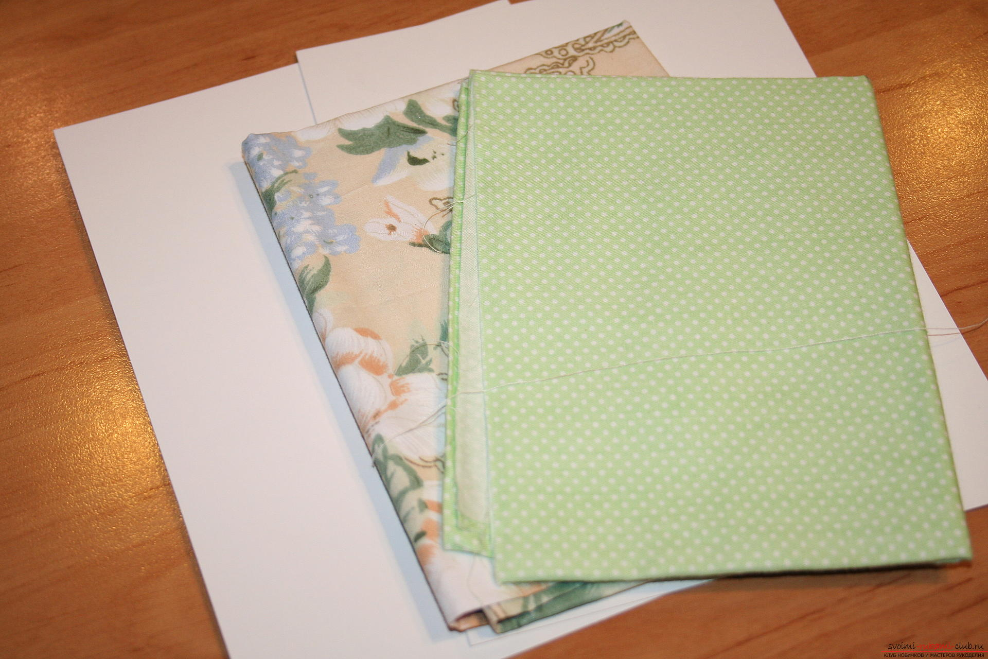 This master class will teach you how to create a notebook using scrapbooking techniques. Photo # 2